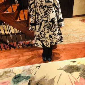 Save the Queen wool coat - size M